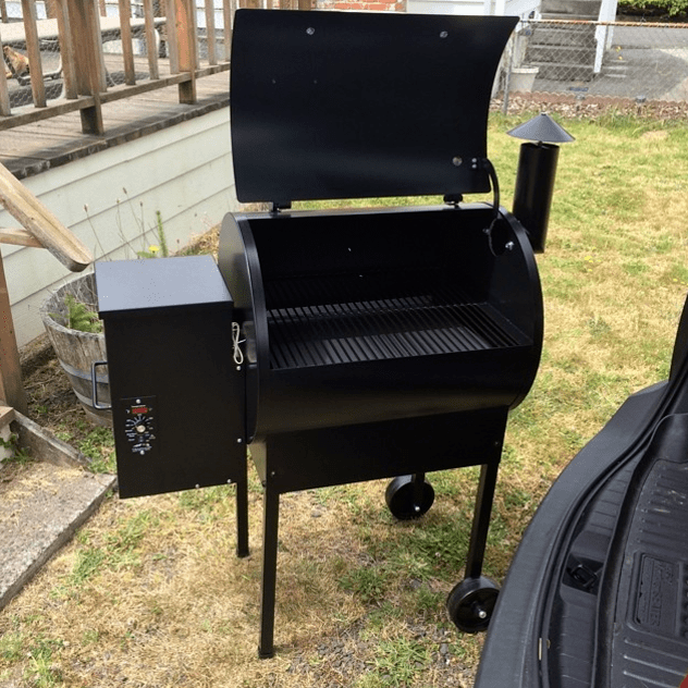 traeger-junior-elite-pellet-grill-review 2