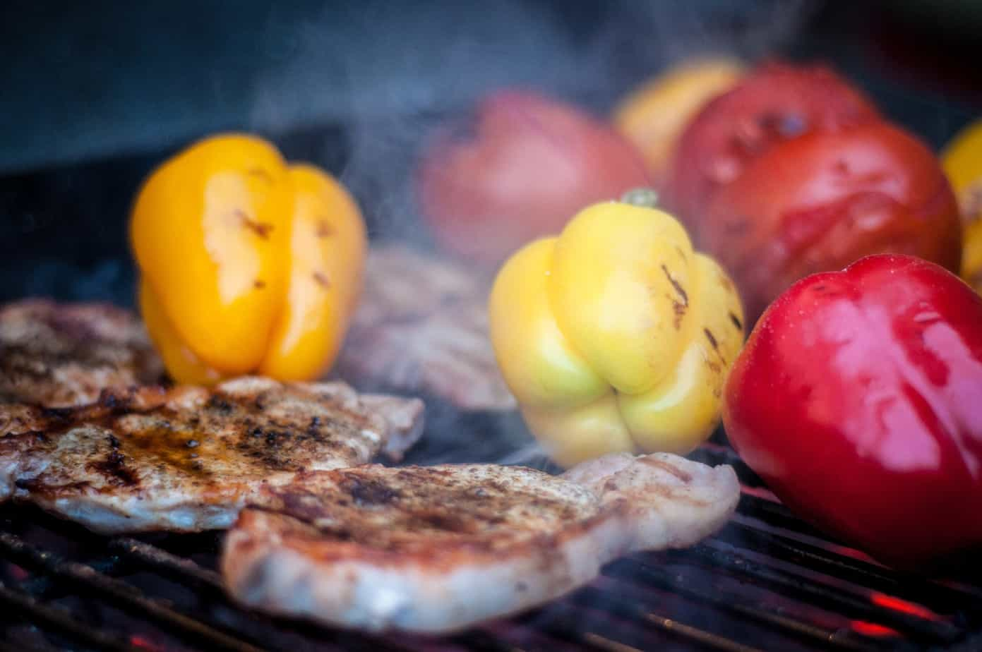 picture of grilling chicken and vegetables on bbq